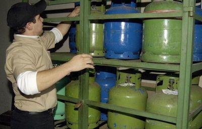 Precio del gas también sube G. 800 por kilo y 400 G. por litro, confirma Capagas