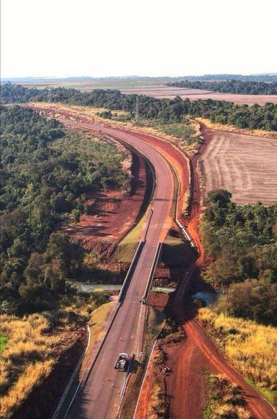 Habilitan puente que une Alto Paraná e Itapúa