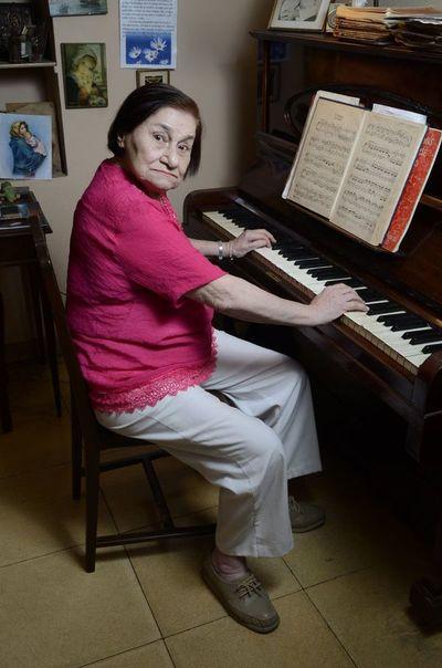Falleció la pianista y docente Victoria Alfaro