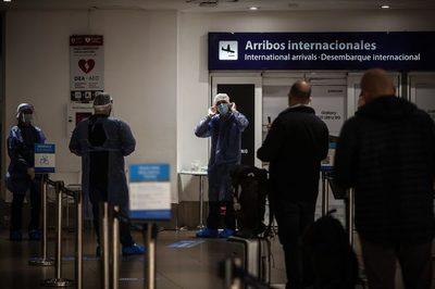 Argentina amplía levemente el cupo de ingreso de nacionales y residentes al país