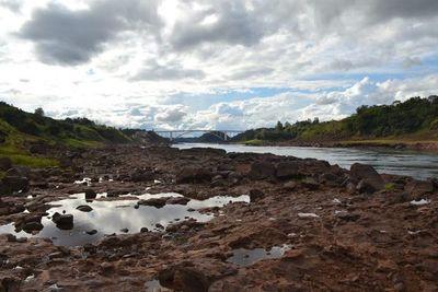 Descenso del río Paraná alcanza nivel histórico