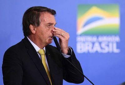 Bolsonaro desata polémica por cuestionar sistema de voto para presidenciales de 2022