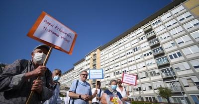 La Nación / El Papa celebrará el Ángelus dominical desde el hospital