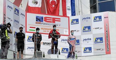 Histórico: Podio para Joshua Duerksen en su debut en la F3