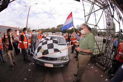Histórica largada de la esperanza en el autódromo Rubén Dumot de Capiatá
