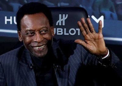 """¡Vamos,'Seleçao'!"", Pelé alienta a Brasil antes de final con Argentina"