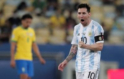 ¡De la mano de Messi y en el Maracaná, Argentina es campeón!