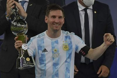 Máximo goleador, líder en asistencias, el que no descansa, Messi rompe marcas