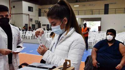 Vacunadores, testigos de la emoción en  inmunizaciones
