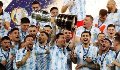 Argentina derrota a Brasil y grita campeón de la Copa América en el mítico Maracaná •
