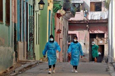 Cuba atraviesa el peor momento de la pandemia: pico de contagios y alarmante escasez de medicinas