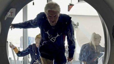 Richard Branson hace historia tras completar con éxito su primer viaje al espacio