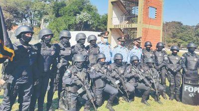 Egresan las primeras 14  mujeres comando de la FOPE