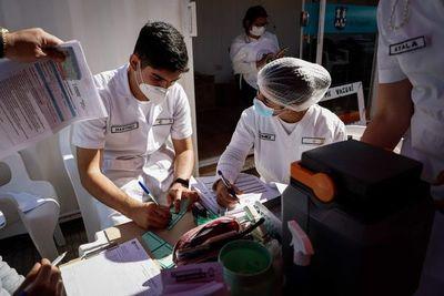 Jóvenes voluntarios ayudarán en las jornadas de vacunación masiva