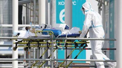 Muere una mujer contagiada con dos variantes a la vez