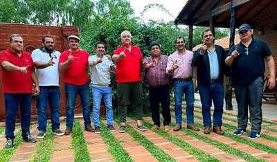González Vaesken conformaría la chapa presidencial para las próximas elecciones
