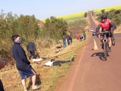 Motociclistas mueren durante carrera clandestina en Los Cedrales