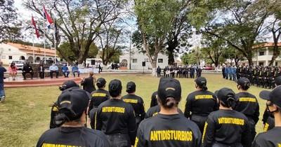 La Nación / Más de 100 agentes penitenciarios fueron capacitados en control de motines