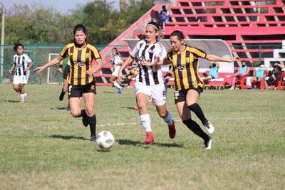 Se disputaron dos juegos por el Clausura femenino