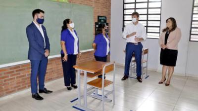Unos 85 mil docentes y directores serán inmunizados