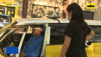 Taxistas fijan precios para traslados a vacunatorios
