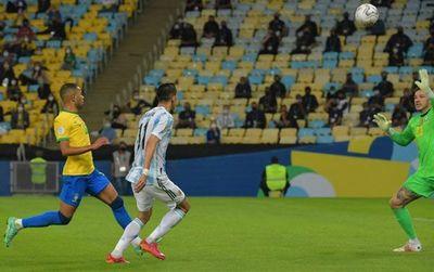 Argentina iguala récords de títulos de Uruguay y Brasil
