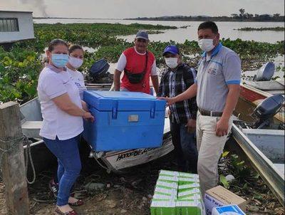 Inicia vacunación en Alto Paraná con aceptable participación · Radio Monumental 1080 AM