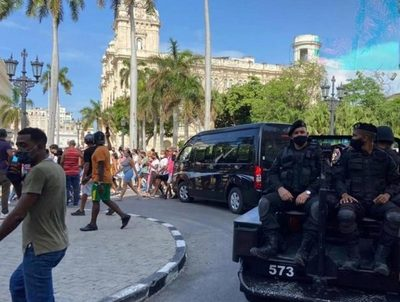Embajador afirma que no hay señales de un significativo cambio político en Cuba · Radio Monumental 1080 AM