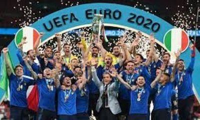 Cada jugador italiano ganará 250.000 euros por el triunfo en la Eurocopa