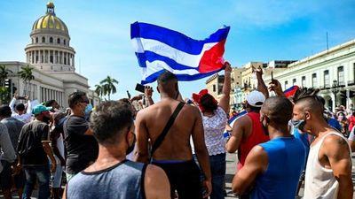 """Joe Biden: protestas en Cuba son """"valiente"""" llamada a la """"libertad"""""""