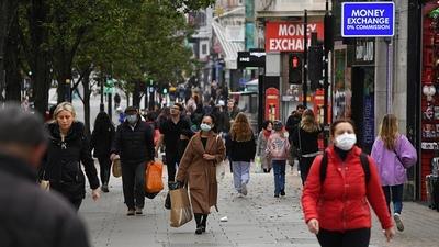 Confirman el levantamiento total de las restricciones en Inglaterra