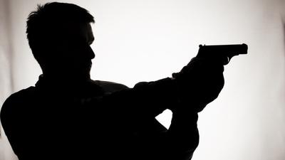 Piden la rebeldía de un hombre imputado por doble homicidio
