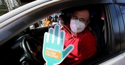 La Nación / El Ejecutivo propone declarar feriado nacional el 19 de julio para una vacunación masiva