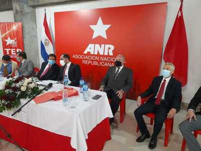 Autoridades de ANR realizaron proclamación de candidatos electos para municipales de octubre