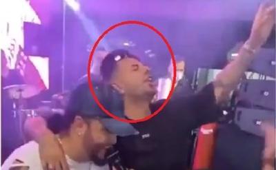 Boca licencia a Cardona tras polémica