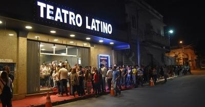 El Teatro Latino cierra sus puertas y ¿está a la venta?
