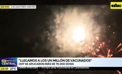 Gobierno festeja con bombas el millón de vacunados
