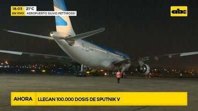 Llegan 100.000 dosis de Sputnik V