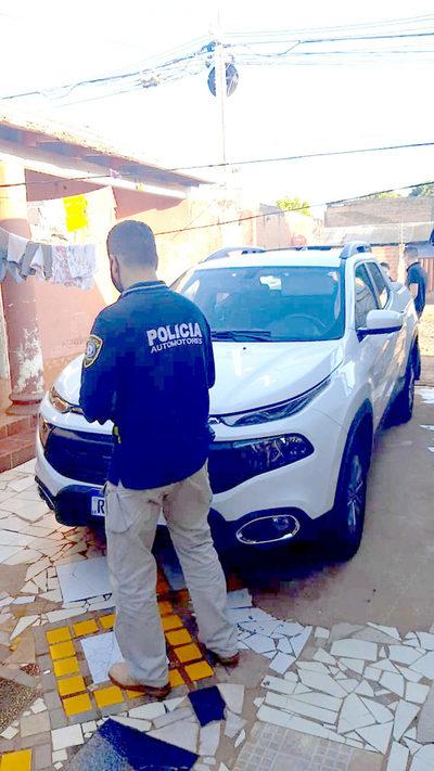Allanan casa en el barrio Ciudad Nueva y recuperan camioneta robada en el Brasil