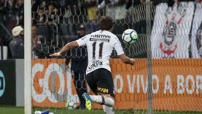Mala noche de Ángel Romero en el Corinthians