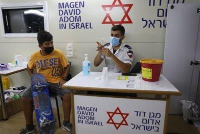 Israel vuelve a registrar importantes cifras diarias de casos COVID