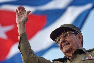 Raúl Castro participó en una reunión del Partido Comunista tras las históricas protestas contra la dictadura de Cuba