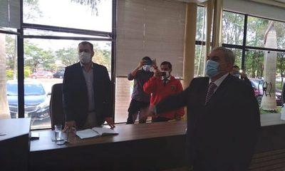 Jura nuevo concejal en Minga Guazú