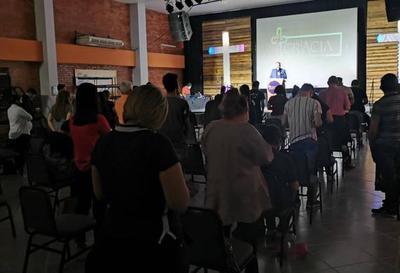 Nuevas medidas: actos de culto podrán realizarse con hasta 150 personas