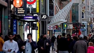 Médicos británicos se oponen al fin de las restricciones por coronavirus en Inglaterra