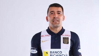 Edgar Benítez fue presentado en el Alianza Lima