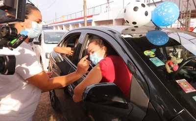 En todo el país, ya se vacunaron 1.010.000 personas contra el coronavirus