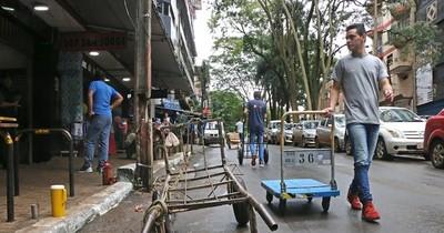 La Nación / Trabajarán en la reinserción social y laboral de la gente dedicada al contrabando