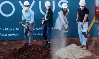 Jóvenes se embarcan en negocio de bienes raíces sustentables en el Este