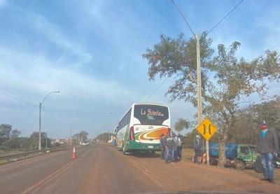 Fallece hombre atropellado por un ómnibus en Coronel Oviedo – Prensa 5